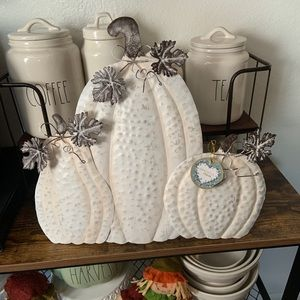 Fall white metal pumpkin sign with stand